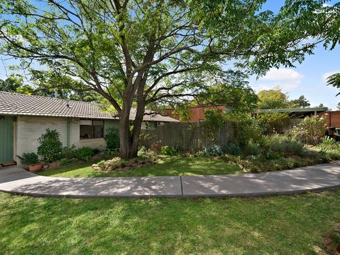 7 Waterfield Place Charnwood, ACT 2615