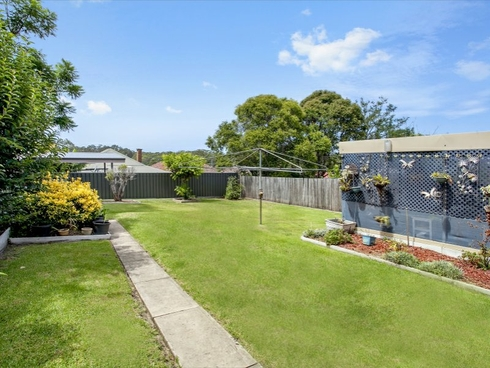 23 Hill Street Mount Saint Thomas, NSW 2500