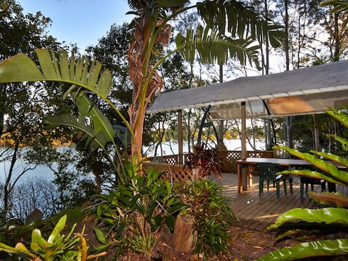 24 Cowans Lane Oxley Island, NSW 2430