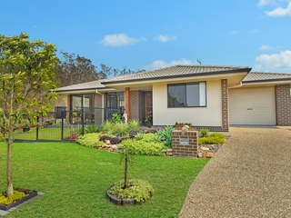 1 Litchfield Parkway Thrumster , NSW, 2444