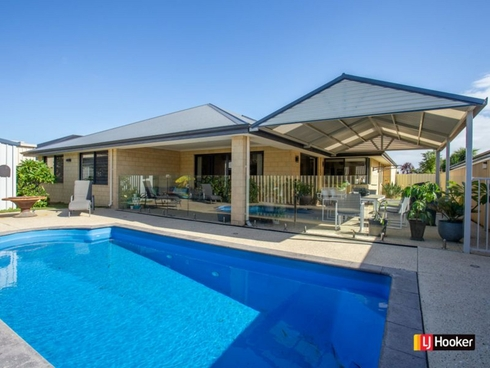 14 Greenough Place Millbridge, WA 6232