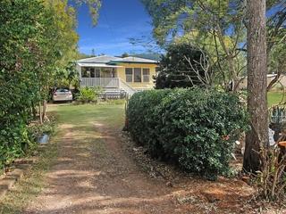 23 Down Street Esk , QLD, 4312