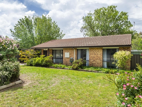 27/210 Newman-Morris Circuit Oxley, ACT 2903