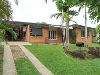 42 Hillview Crescent Whitfield , QLD, 4870