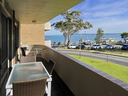 4/12 Columbia Close Nelson Bay, NSW 2315
