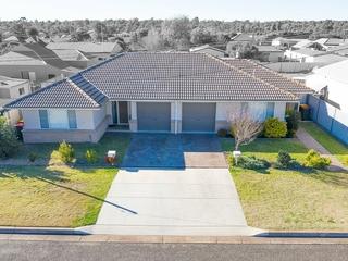 1-2/8a Third Street Cessnock , NSW, 2325