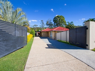 3 Narooma Place Helensvale , QLD, 4212