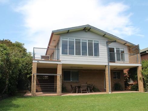 4 Iluka Avenue Malua Bay, NSW 2536