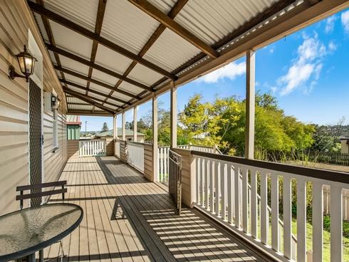 8 Churinga Street Harlaxton, QLD 4350