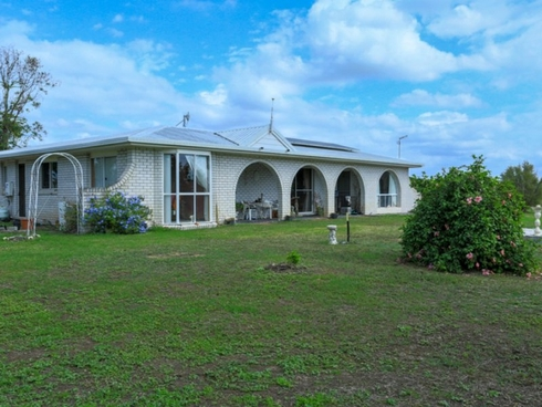 85 Daisy Road Mount Tarampa, QLD 4311