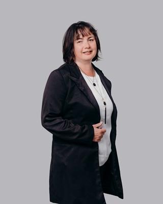 Mandy Elliott profile image