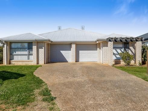 8 Farrer Street Cranley, QLD 4350