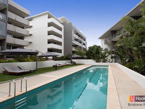 18/95 Clarence Road Indooroopilly, QLD 4068