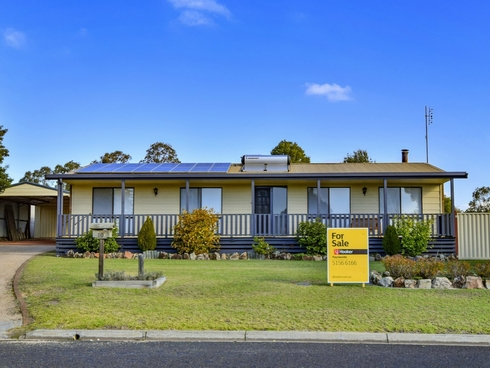 10 Acrux Drive Newlands Arm, VIC 3875