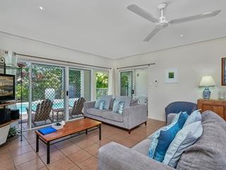 7/24 Warren Street Palm Cove , QLD, 4879