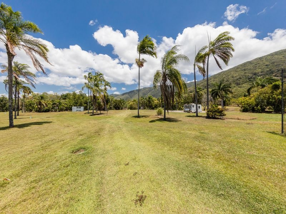 Lot 4 Coral Coast Drive Palm Cove, QLD 4879