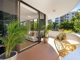 1/219 Surf Parade Surfers Paradise, QLD 4217
