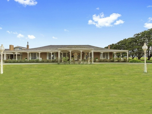 757 Rosedale-Heyfield Road Winnindoo, VIC 3858