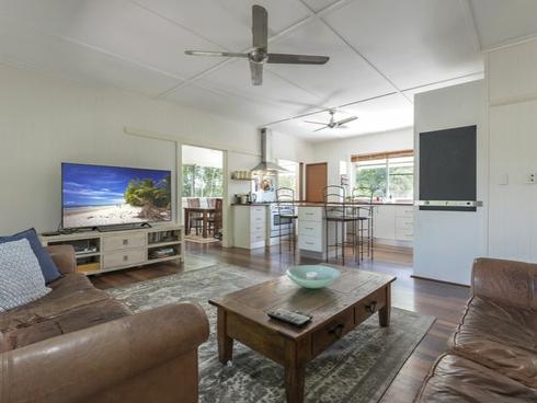 15 Cooya Beach Road Cooya Beach, QLD 4873