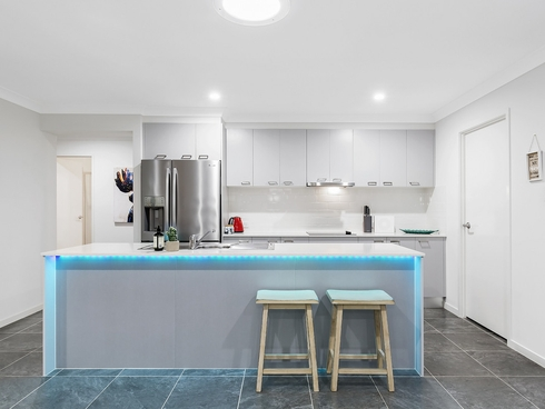 13 Rundle Avenue Pimpama, QLD 4209