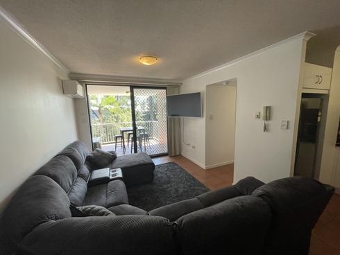 19/106 Linton Street Kangaroo Point, QLD 4169