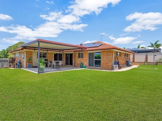 23 Whitehead Drive Burleigh Waters, QLD 4220