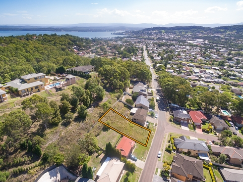93 East Street Warners Bay, NSW 2282