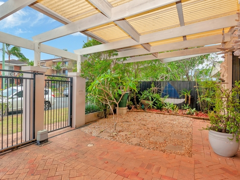 4/1246-1248 Gold Coast Highway Palm Beach, QLD 4221