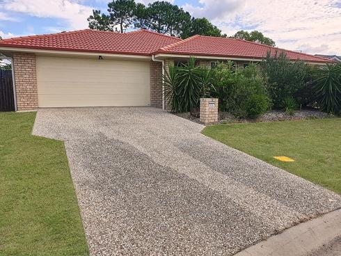 15 Walnut Cres Lowood, QLD 4311