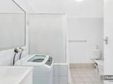 1/4 Sunshine Court Labrador, QLD 4215
