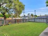 2/19 Robert Street Labrador, QLD 4215
