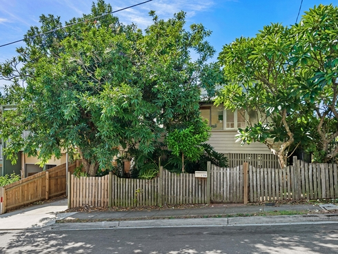 19 Taunton Street Annerley, QLD 4103