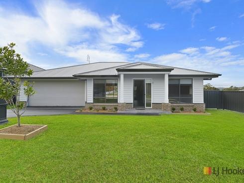 3 Rosewater Close Gwandalan, NSW 2259