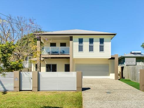 73 Eleventh Avenue Kedron, QLD 4031