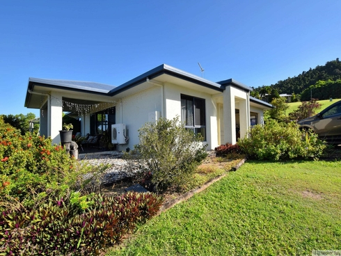 36 Pease Street Tully, QLD 4854
