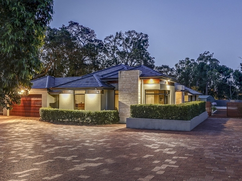 20 Woodview Retreat Lesmurdie, WA 6076