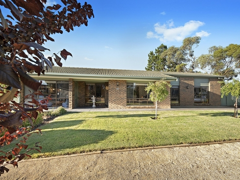 23 Luther Road Loxton, SA 5333