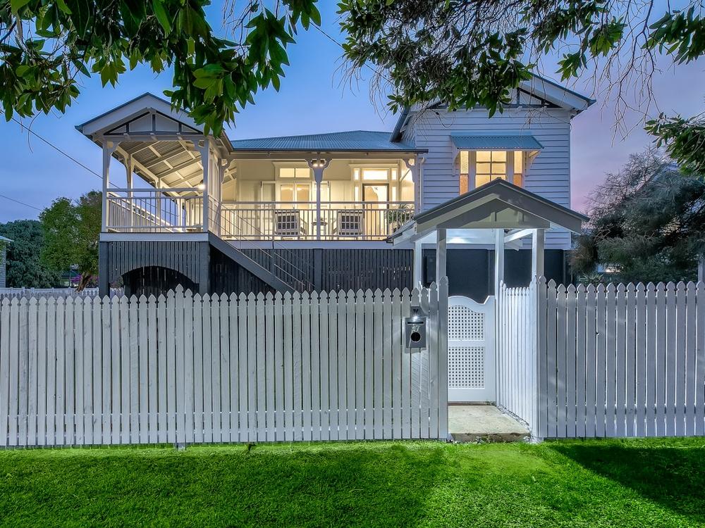 27 Seventh Avenue Kedron, QLD 4031