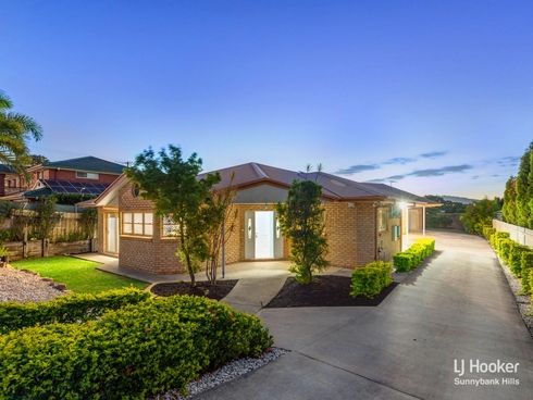 10 Mansfield Place Mansfield, QLD 4122
