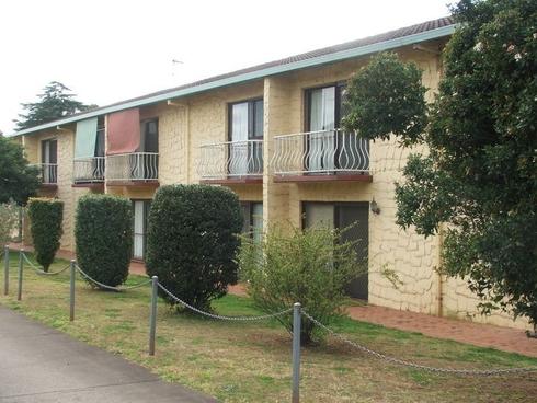 2/67 Taylor Street Newtown, QLD 4350