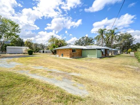 16 William Street Linville, QLD 4314