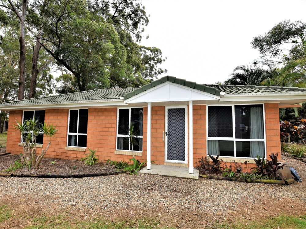 33 Angorra Street Russell Island, QLD 4184