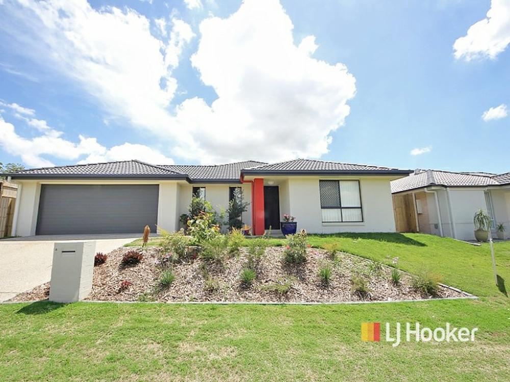 8 Toby Close Kallangur, QLD 4503