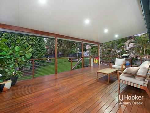 16 Burloo Crescent Ferny Hills, QLD 4055