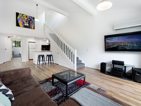 Apartment 71/43 Enderley Ave Surfers Paradise, QLD 4217