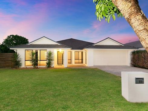 15 Crossing Drive Eatons Hill, QLD 4037