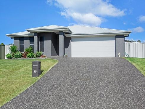 12 Howard Street Wallabi Point, NSW 2430