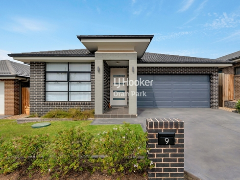 9 Holden Drive Oran Park, NSW 2570