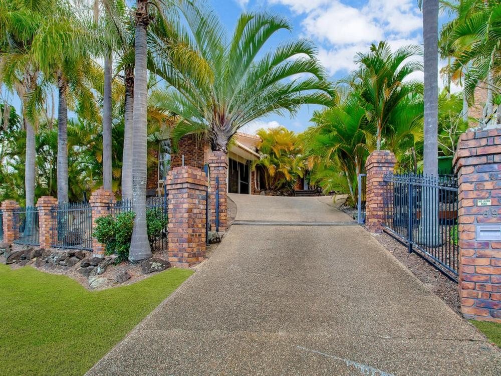 89 Glen Eagles Drive Robina, QLD 4226