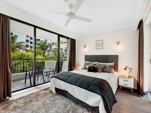 201/8 Albert Avenue Broadbeach, QLD 4218